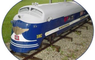 Miniature Wabash Bluebird Train in Forrest, IL